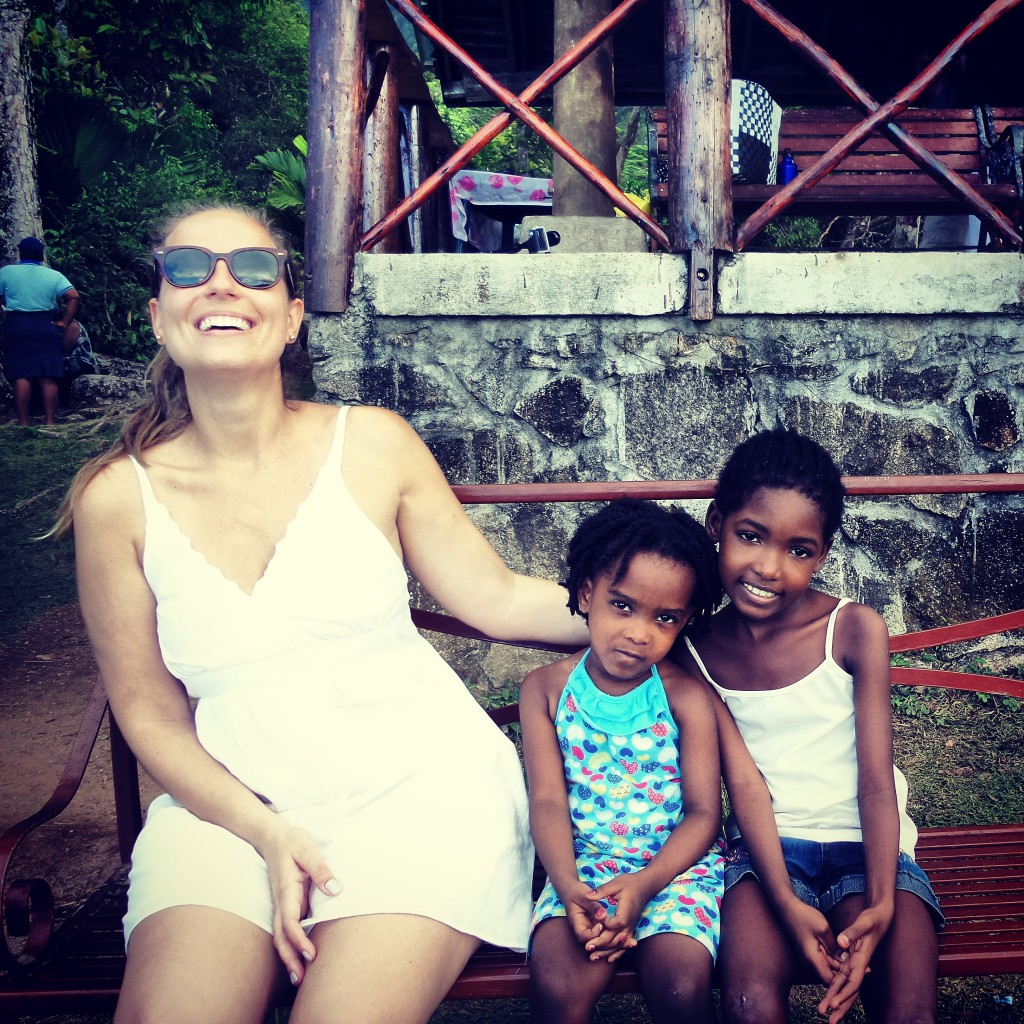 seychelles-be-happy-now