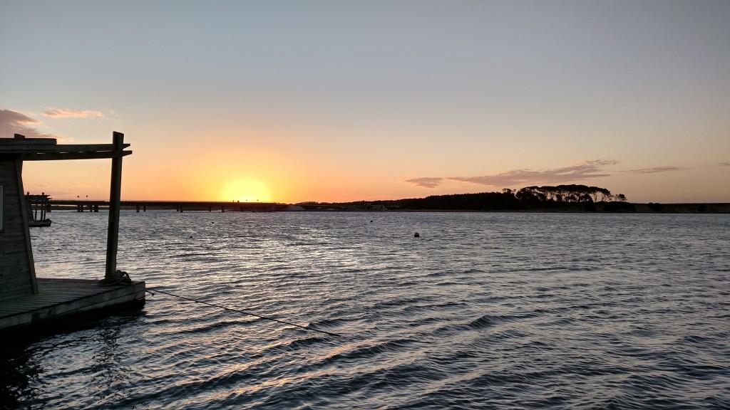 Pôr do sol na laguna Garzón