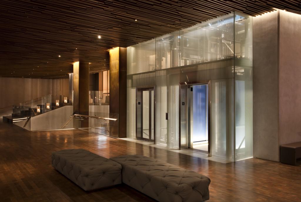 Hall de entrada para elevadores. Foto de divulgação do Row