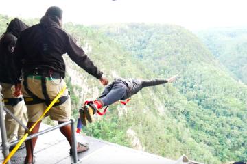 bungee jump africa do sul amanda viaja
