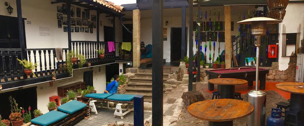 Área de convivência do Intro Hostel em Cusco