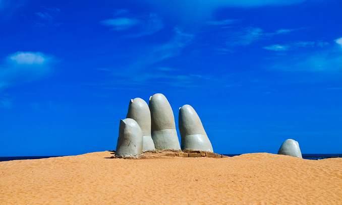 Mano Punta del Este em Punta del Este, no Uruguai