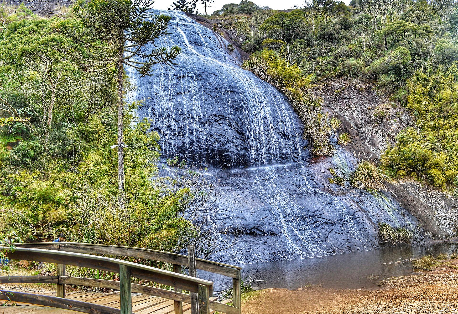 Pequena cachoeira em Urubici