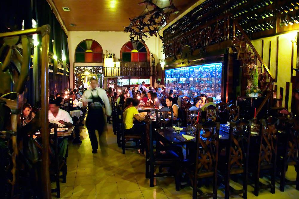 Los Nardos, restaurante em Havana, Cuba