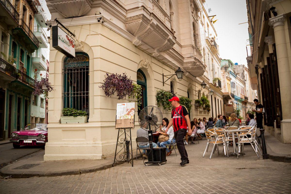 5 esquinas Trattoria, restaurante em Havana, Cuba