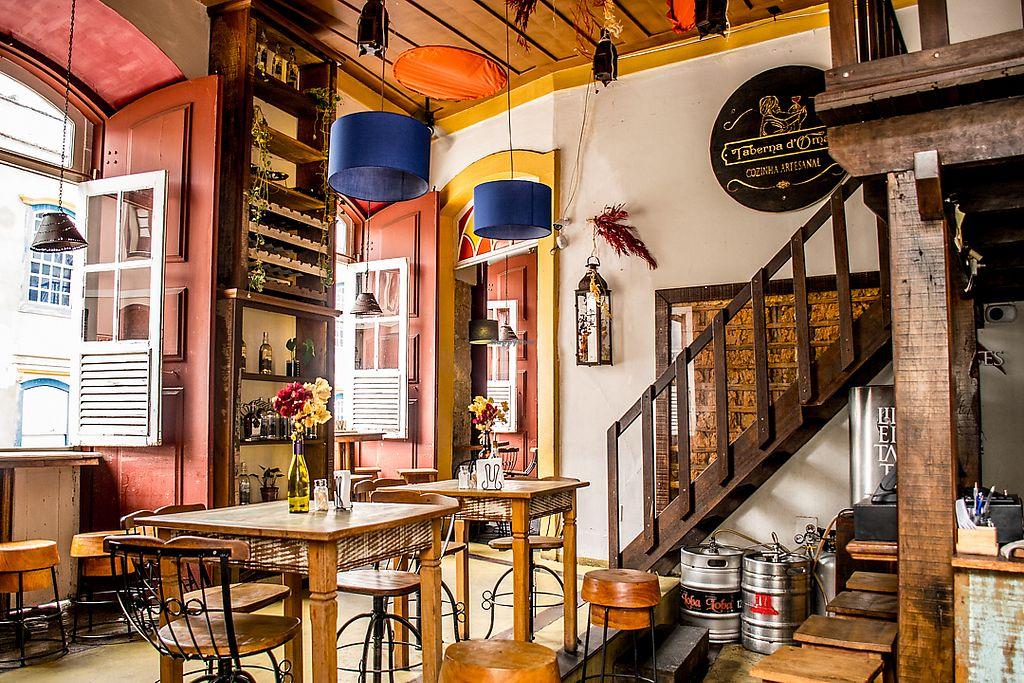 Interior do restaurante Taberna em São João del Rei